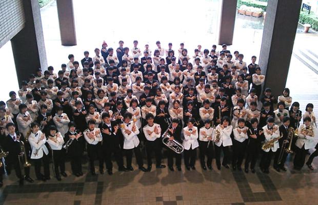 【動画】総勢150名!鳥肌ものの全国一位の吹奏学部のダンス&合唱!【伊奈学園吹奏楽部 / そうだ埼玉撮影】