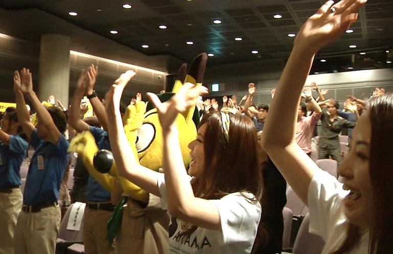 【動画】埼玉県民みんなが踊った!そうだ埼玉完成披露試写会!これが踊る埼玉県民!!