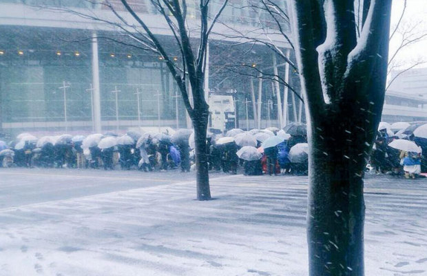 【さいたまスーパーアリーナ】雪の中、朝から行列を作ったのは…?