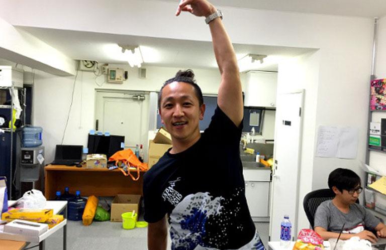 aomori_pose_RN