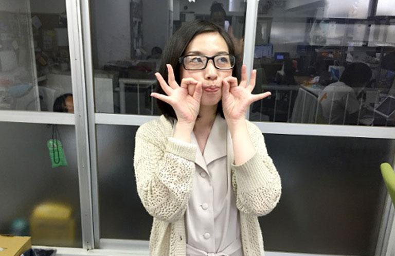 okayama_pose_RN
