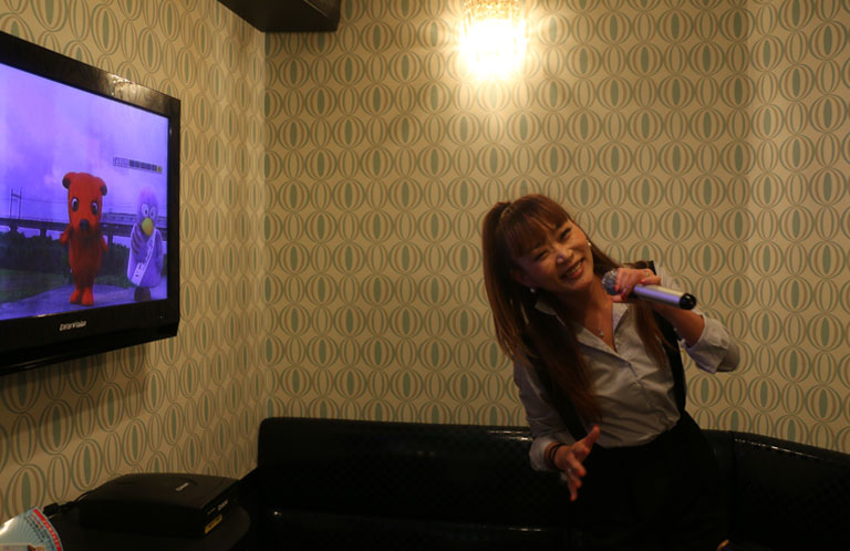 maki_karaoke_07