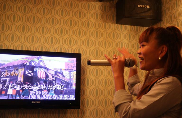 maki_karaoke_17