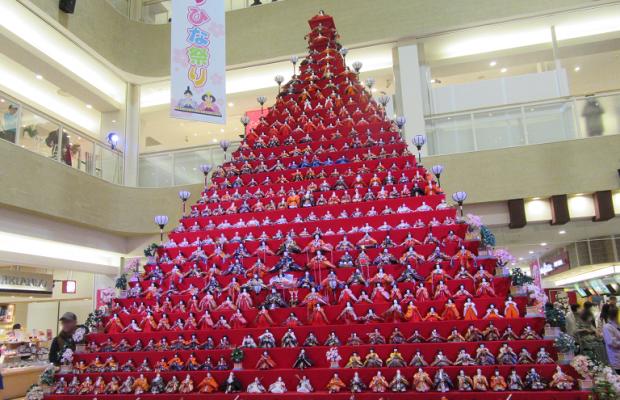日本一高いピラミッドひな壇!鴻巣びっくりひな祭り2017がでかい!
