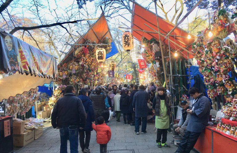 浦和で商売繁盛する理由はここにあった!調神社の十二日まち
