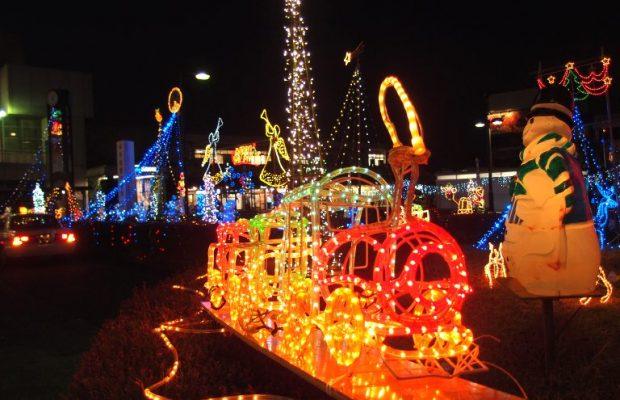 テーマパーク並と話題の入間市西澤さんちのクリスマスイルミネーション